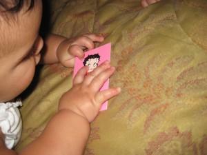 Neve enjoying her card